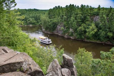 Hiking Interstate State Park on the St. Croix River