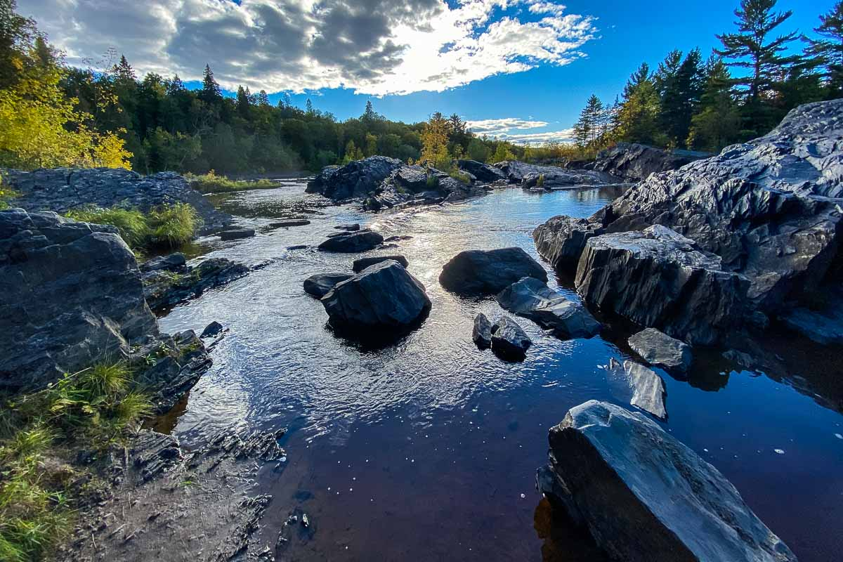 jay cooke state park st louis river rocks 1