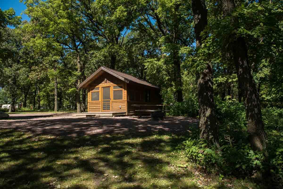 minnesota lake shetek state park cabin